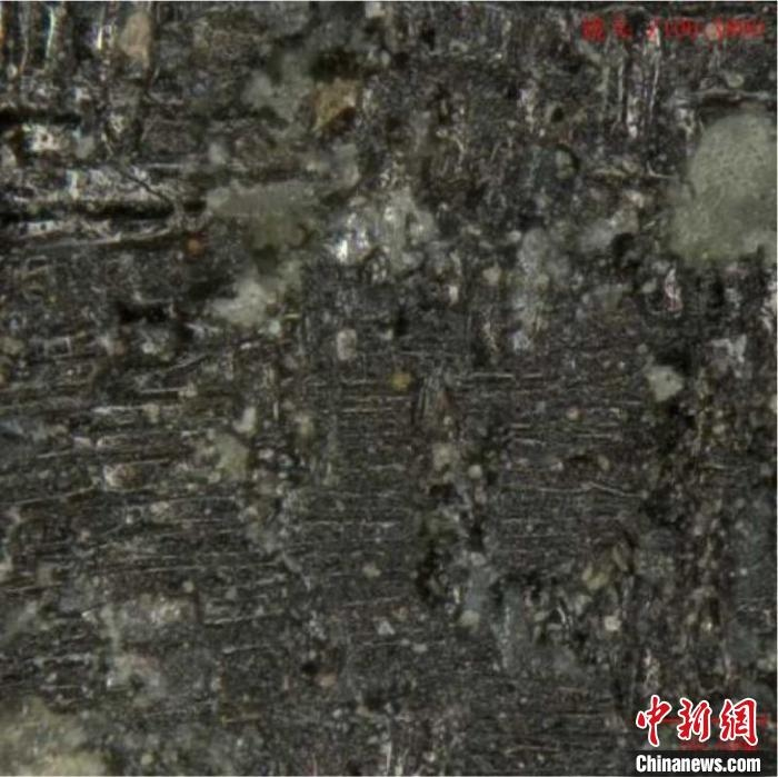 三星堆多个祭祀坑新发现纺织物遗痕专家称终极目标是寻找文字